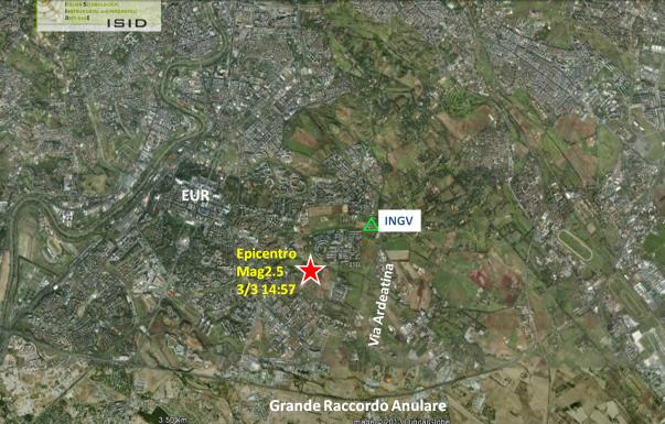 Il triangolo verde rappresenta il sismometro ubicato presso la sede INGV di Via di Vigna Murata 605. La stella rossa è l'epicentro del terremoto, distante circa 1500 metri dalla nostra sede