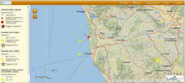 La sequenza del 19 ottobre (simboli rossi) e i terremoti precedenti (simboli gialli). Si nota che la fascia tirrenica dell'alta Toscana non è nuova a questi fenomeni