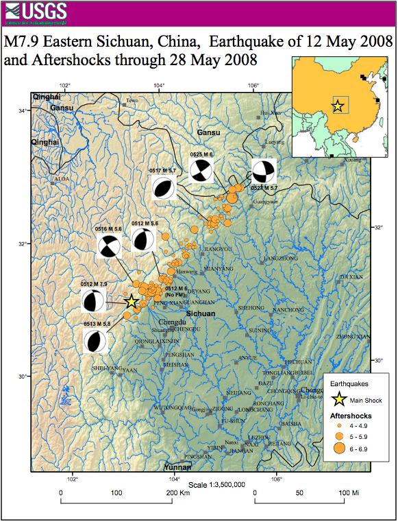 La faglia del terremoto del Sichuan, evidenziata dall'allineamento degli aftershock del terremoto del 12 maggio, si è estesa per 250 km da sudovest a nordest, al limite tra la pianura del Sichuan e l'altopiano tibetano (fonte: USGS)