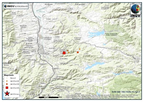 Localizzazione dell'evento sismico di magnitudo 4.4 (quadrato rosso) e delle scosse successive.