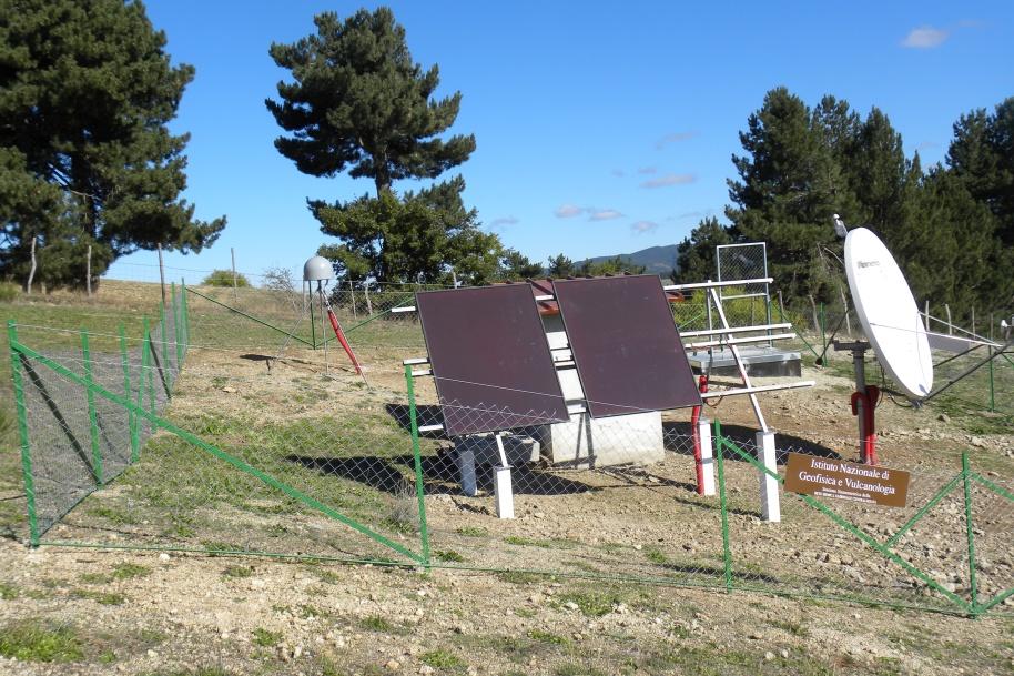 Una delle stazioni di monitoraggio della Rete Sismica Nazionale.