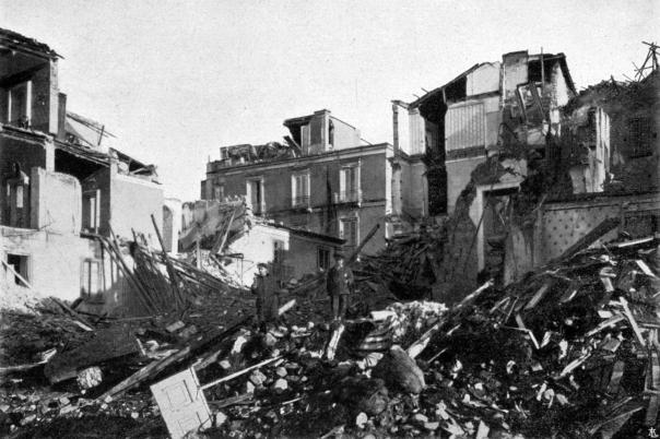 Reggio Calabria: crolli in corso Garibaldi.