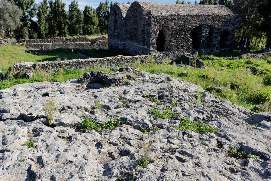 Il terremoto del 251 d.C. a Santa Venera al Pozzo (Acireale) studiato con un approccio multidisciplinare